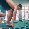 rodilla-del-bracista-comun-en-natacion